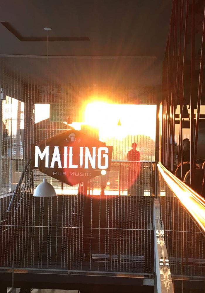 Mailing Pub Music
